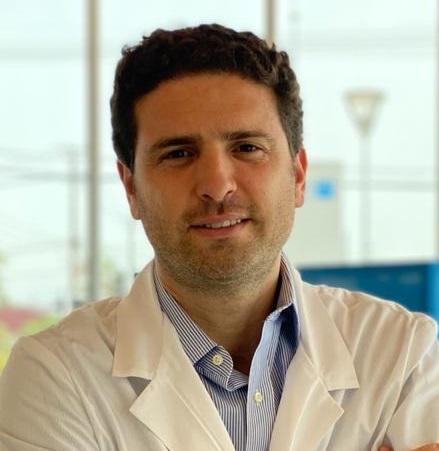 DR. CLAUDIO ANDRÉS SILVA VERGARA