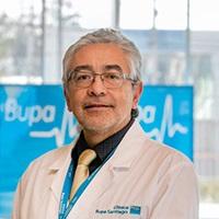 DR. IVÁN CASAS OLAVARRÍA
